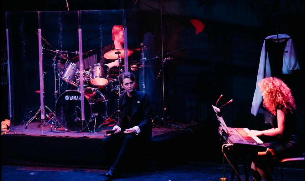 Сцена из спектакля «Бродский - наше все»
