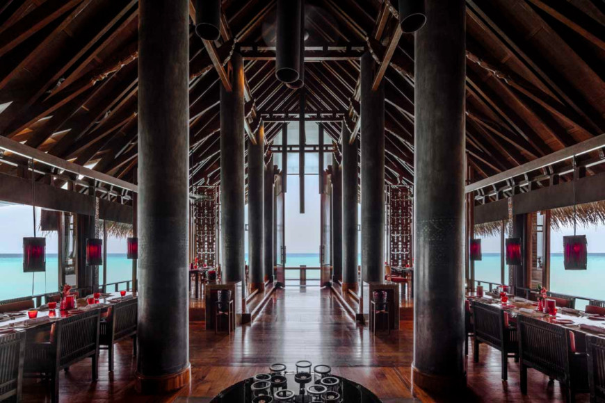 Ресторан Reethi Fire на курорте One&Only Reethi Rah (Мальдивы)