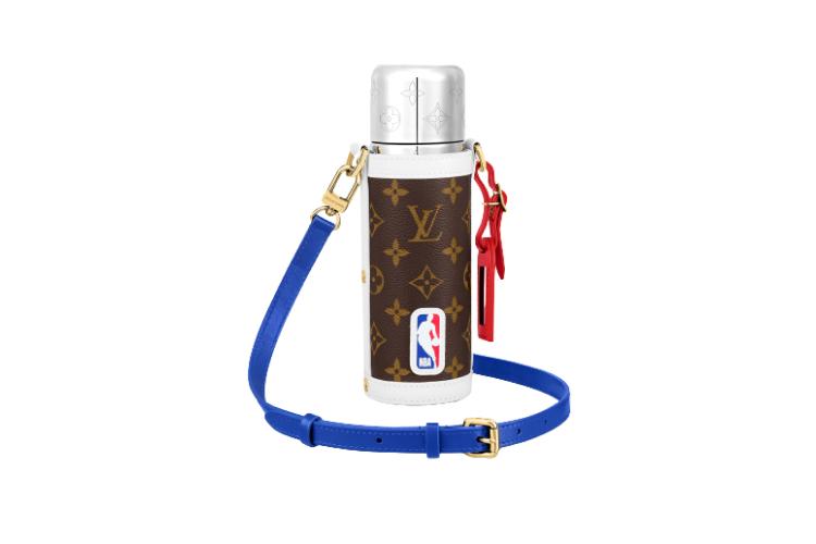 Чехол для термоса Louis Vuitton X NBA, 156 000 руб. (Louis Vuitton)