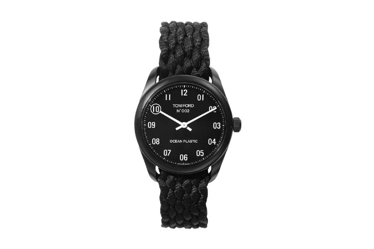 Часы Tom Ford из переработанного пластика, $995 (tomford.com)