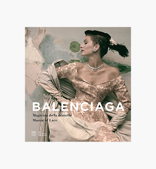 Книга Balenciaga: Magician in Lace («Республика»), 3640 руб.