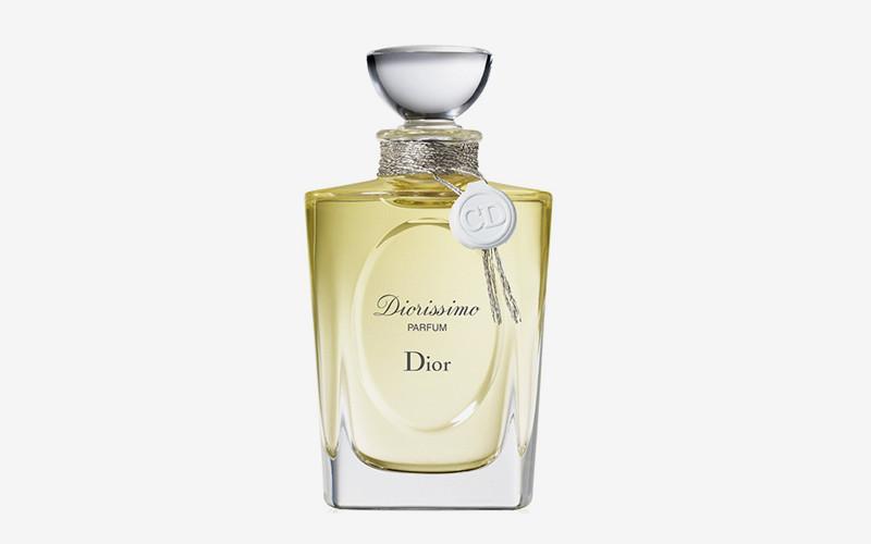 Diorissimo, Dior  Культовые духи были созданы в 1956 году Кристианом Диором в сотрудничестве с парфюмером Эдмоном Рудницка. В Diorissimo главный весенний цветок звучит под аккомпанемент эссенции иланг-иланга, абсолю жасмина и майской розы.