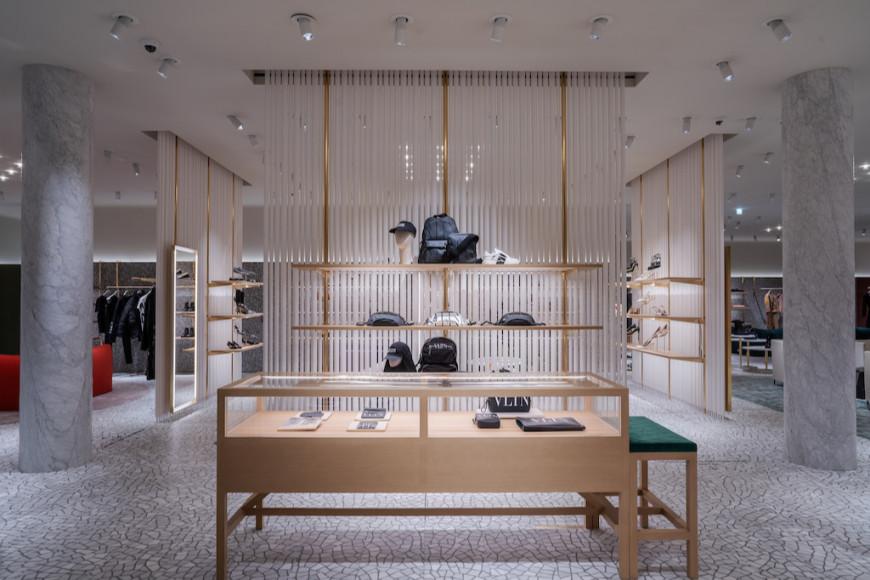 Обновленный бутик Valentino в «Барвиха Luxury Village»