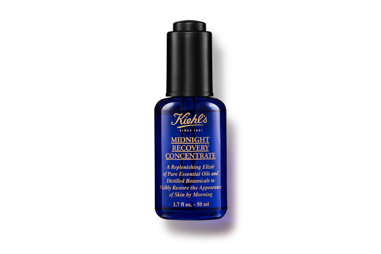 Ночной восстанавливающий концентрат для лица Midnight Recovery Concentrate, Kiehl's— лауреат более 50 международных премий косметической индустрии. Средство на 99,8% состоит из натуральных эфирных масел и растительных экстрактов
