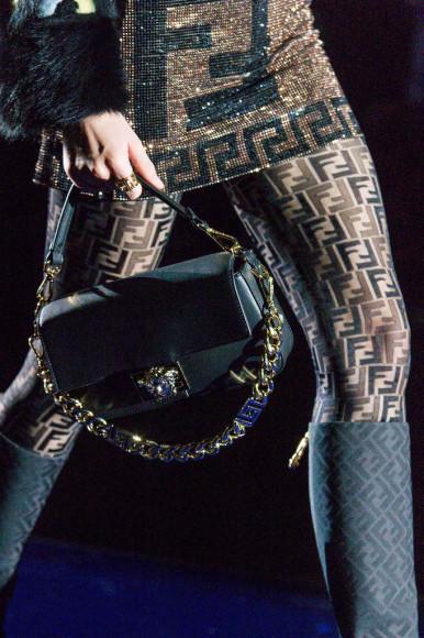 Детали совместной коллекции Fendi и Versace