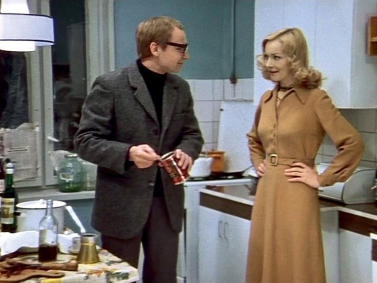 Кадр из фильма«Ирония судьбы, или С легким паром»