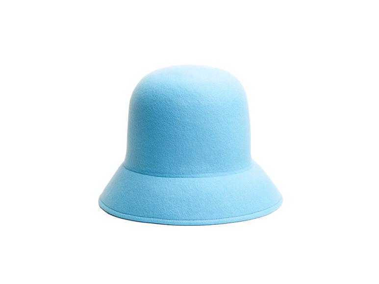 Шляпа Nina Ricci, 72 800 руб. (КМ20)