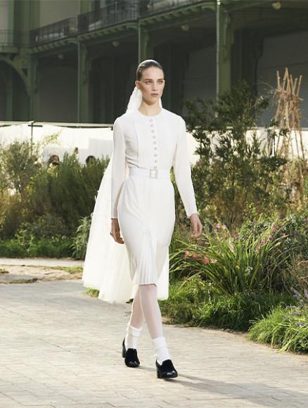 Платье Chanel, цена по запросу (Chanel)