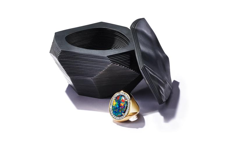 Кольцо Colours of Nature с черным опалом 7,07 карата