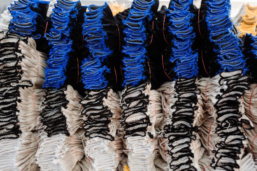 Перчатки из пряжи из регенерированного волокна