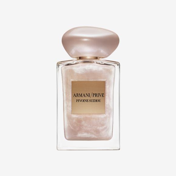 Лимитированный выпуск цветочного аромата Pivoine Suzhou Soie De Nacre, Giorgio Armani Beauty. Цена по запросу