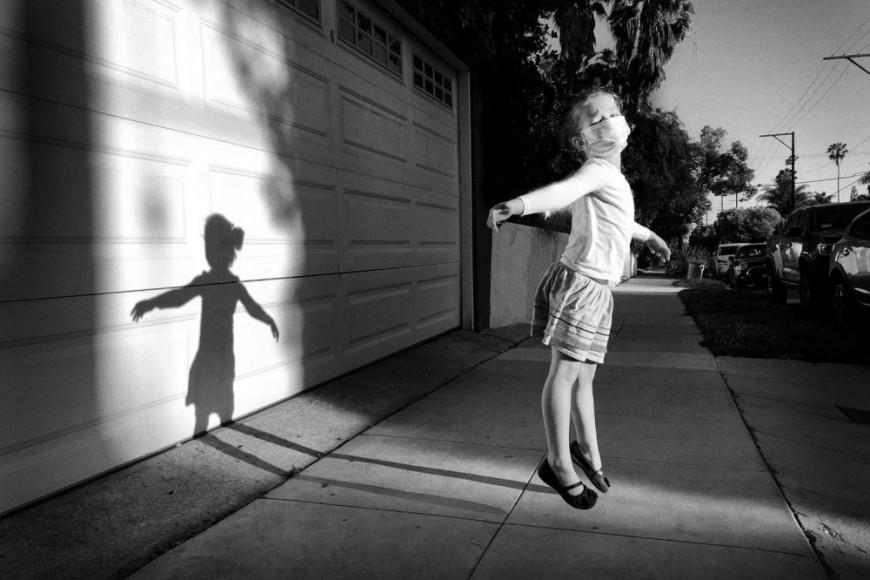 Джефф Рейнер, «Прогулка боком по воздуху»,iPhone X— 3-е место в номинации «Фотограф года»
