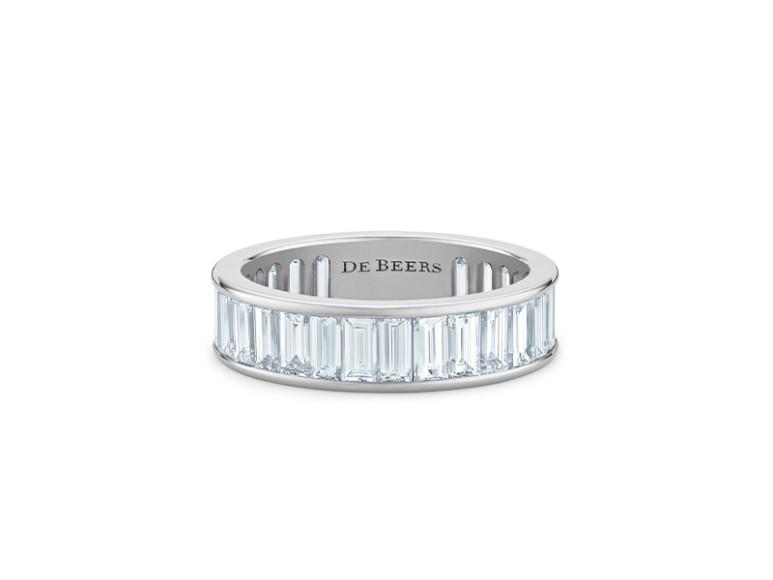 Обручальное кольцо, бриллианты багетной огранки общим весом 3,5 карата