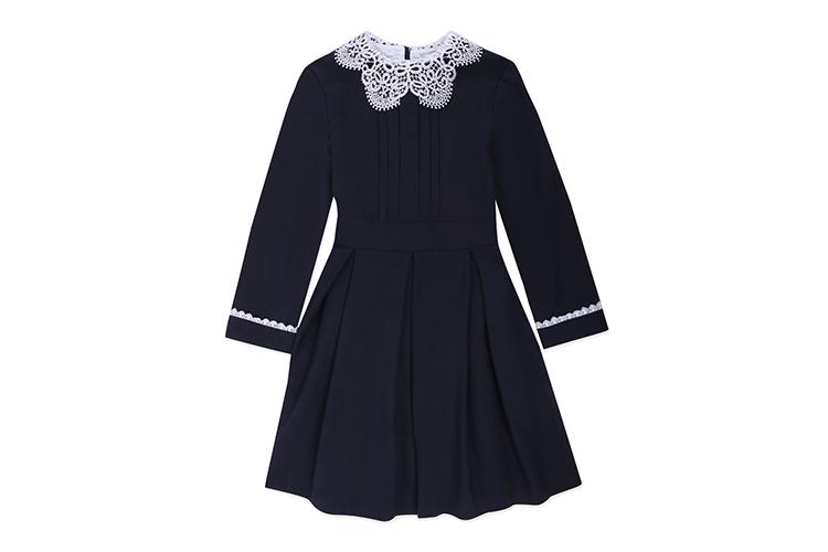 Платье Smena, 3499 руб. («Детский мир»)