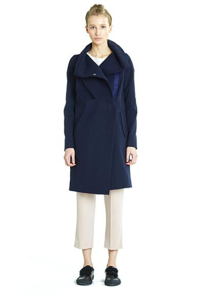 Пальто Novaya, 9700 руб. с учетом скидки (novayawear.com)