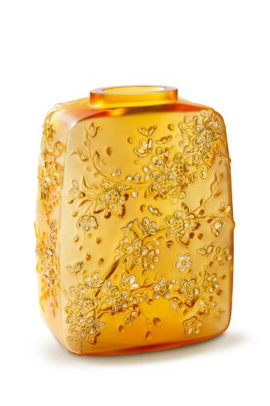 Ваза «Цветы вишни», янтарный хрусталь, 88 экземпляров, 1490000 руб., Lalique