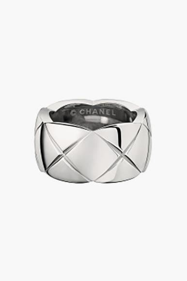 Кольцо Coco Crush, Chanel Fine Jewelry (Aizel), 243 400 руб.