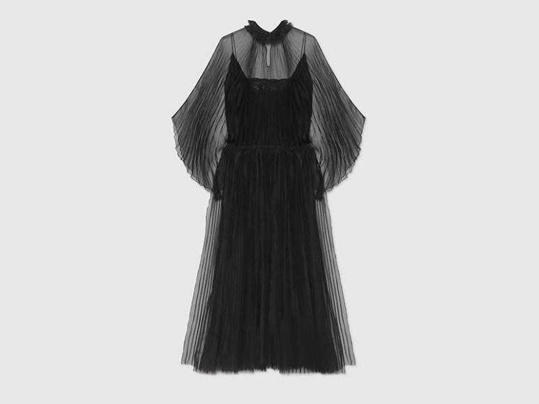 Платье Gucci, 350 000 руб. (gucci.com)