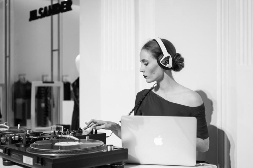 DJ Саша Федорова