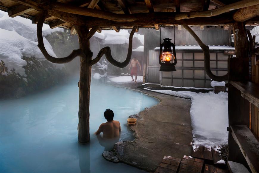 Горячий источник Цуруною, Япония