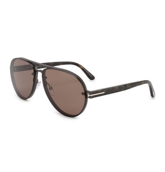Мужские солнцезащитные очки Tom Ford (Третьяковскийпроезд), 34 500 руб.