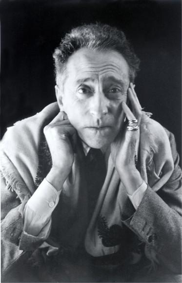 Жан Кокто в кольцах Trinity, Cartier