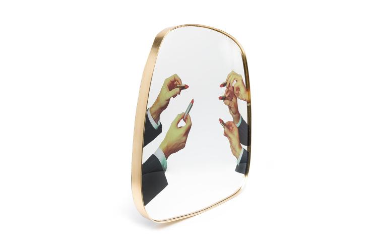 Зеркало Seletti, 23 052 руб. (farfetch.com)