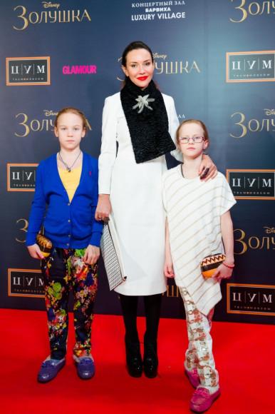 Ирина Чайковская (журналист) с семьей