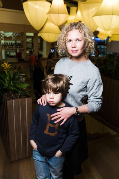 Галина Мазаева с сыном Петром