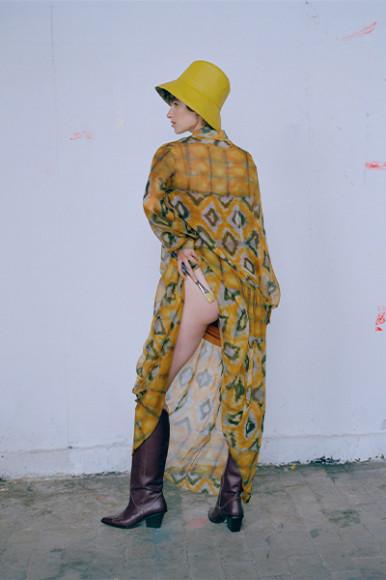Платье Natalya Derbyshire, 13 560 руб. с учетом скидки (natalyaderbyshire.com)