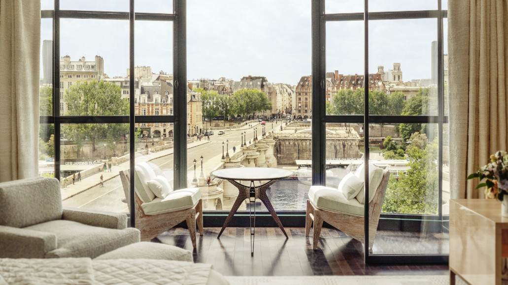 Номера Cheval Blanc Paris