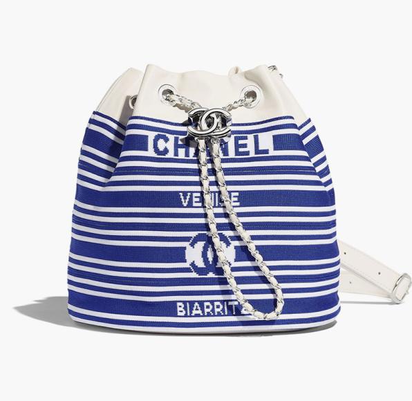 Сумка Chanel, 266 900 руб.