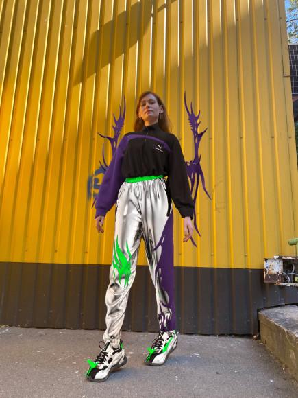 Луна в виртуальной одежде из коллаборации Регины Турбиной и Puma