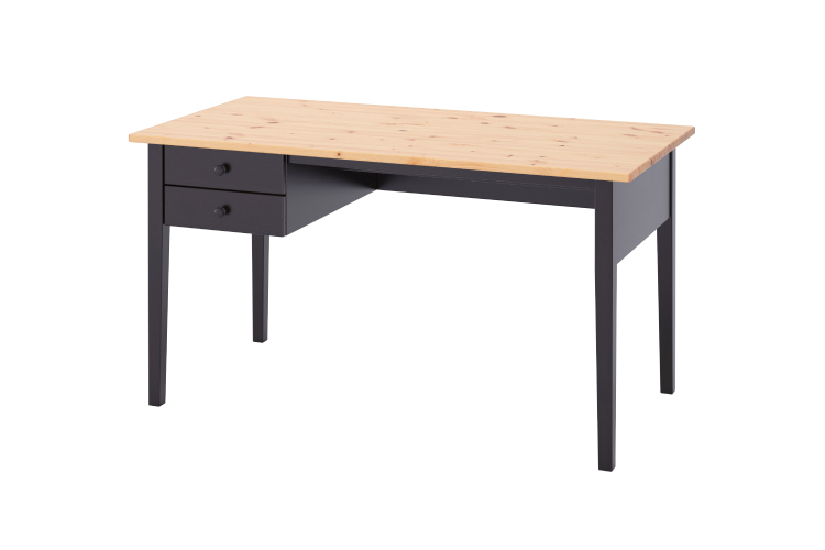 Письменный стол «Аркельсторп», 12999 руб. («ИКЕА»)
