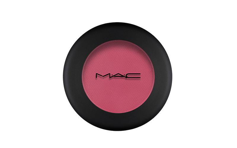 Тени Powder Kiss Eyeshadow, оттенок FallIn Love, MAC