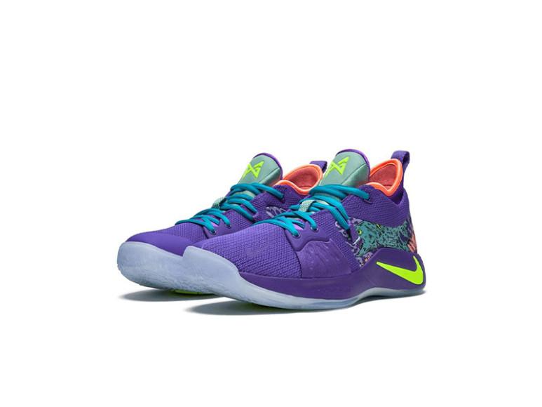 Кроссовки Nike, 19 317 руб. (farfetch.com)