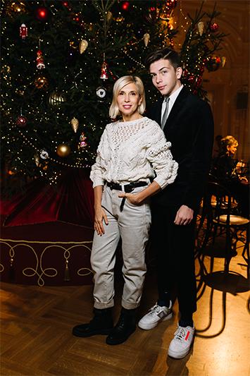 Алена Свиридова с сыномГригорием