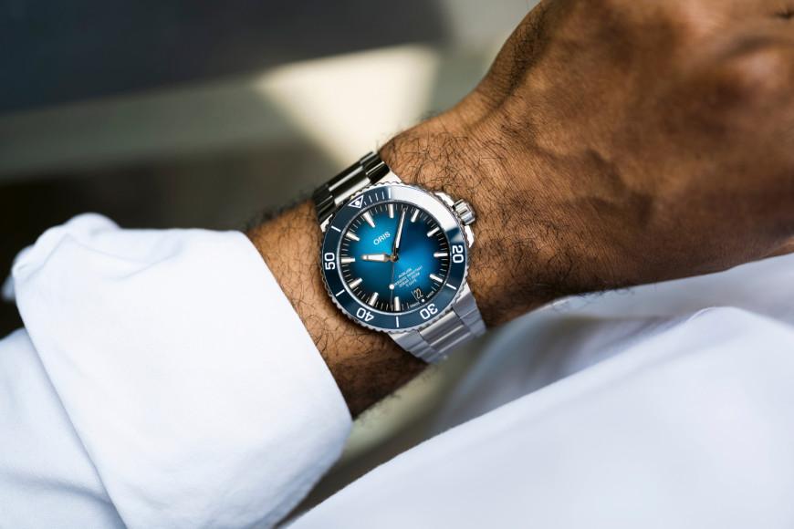 Часы Aquis Date Cal. 400, Oris