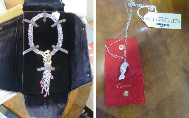 Ожерелье из сапфиров и рубинов Boucheron стоимостью£80 тыс. – 120 тыс. и бриллиантовый кулон Cartier за£9 тыс.