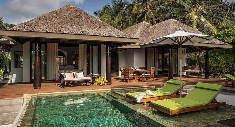 Вилла на берегу,Anantara Kihavah Maldives Villas
