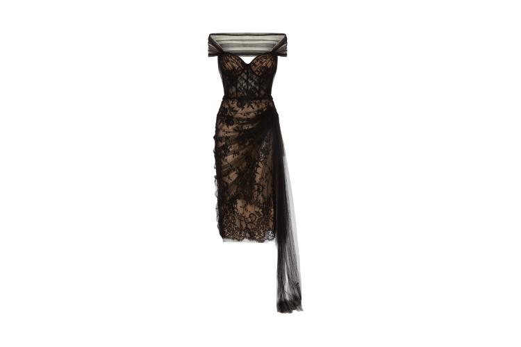 Платье Alexander McQueen, 630500 руб. («Барвиха Luxury Village»)
