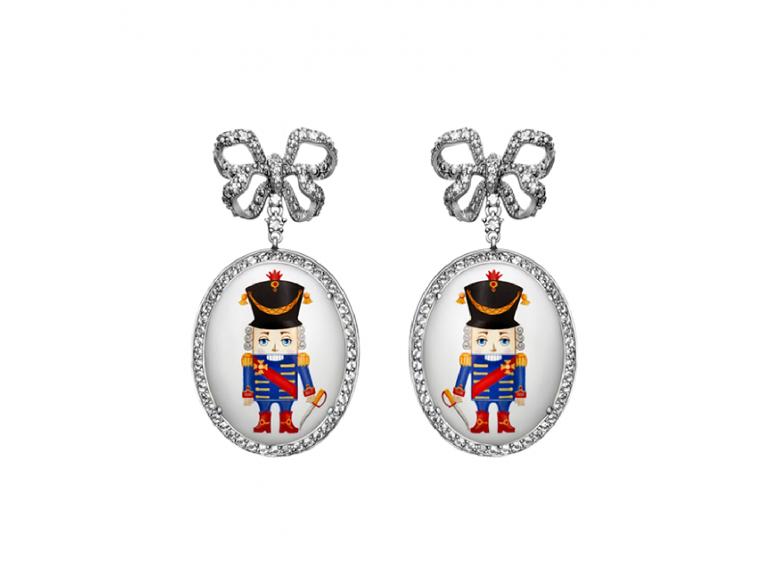 Серьги Axenoff, 95 000 руб. (Axenoff Jewellery)
