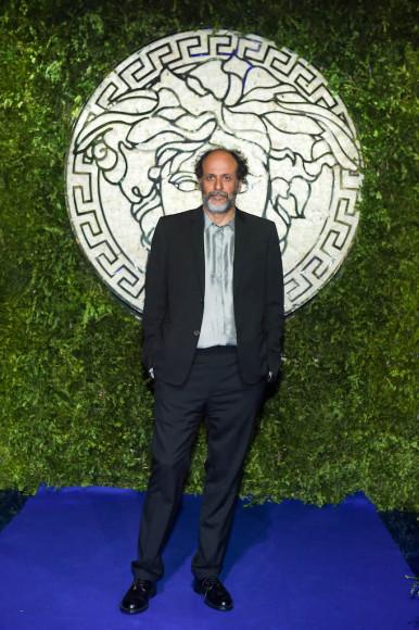 Лука Гуаданьино на показе совместной коллекции Fendi и Versace