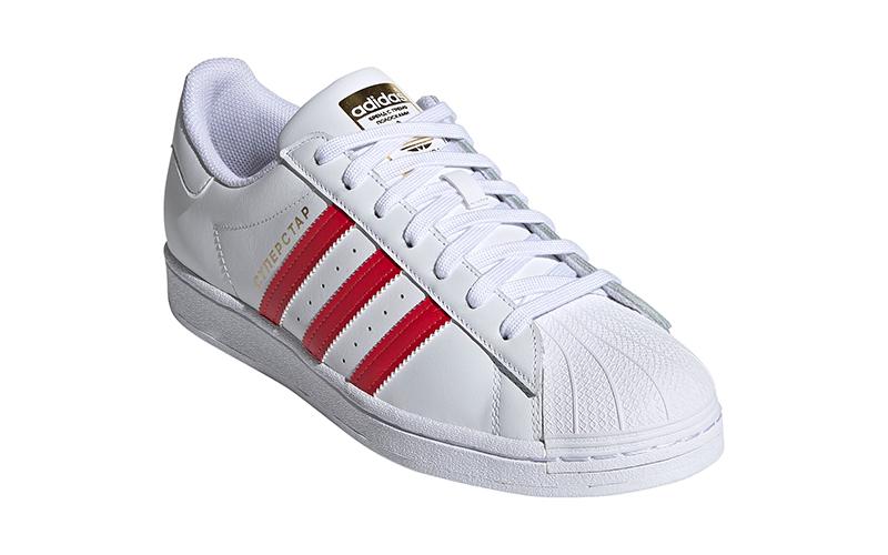 Кроссовки adidas Originals, посвященные Москве