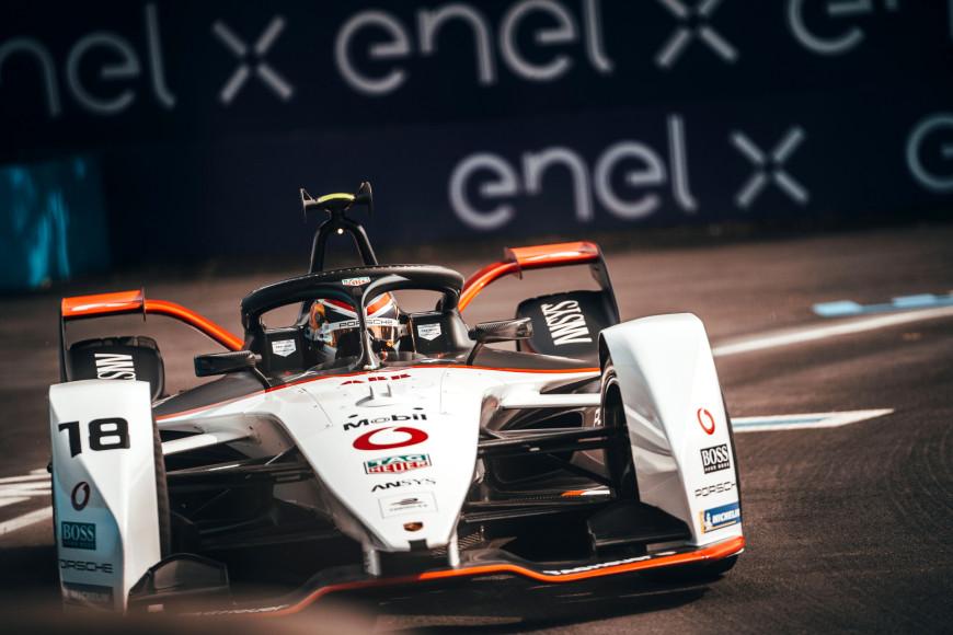 Во время гонок чемпионата Formula E