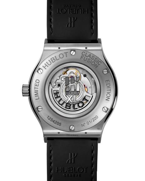 Часы Classic Fusion 40 Years Anniversary из титана, обортная сторона