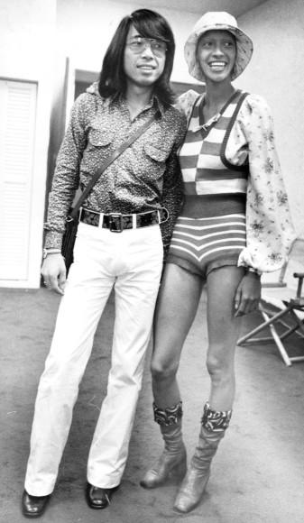 Кендзо Такада впервые приехал из Парижа в Нью-Йорк со своей коллекцией одежды, 1971 год