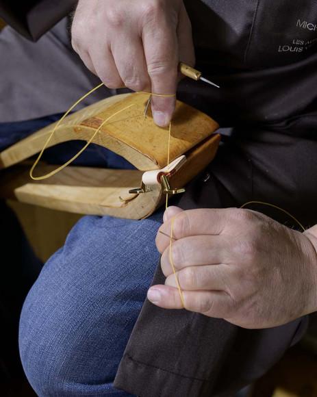 Процесс создания сундуков Louis Vuitton